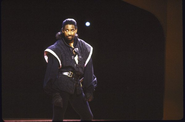 Denzel Washington in Richard III in 1990